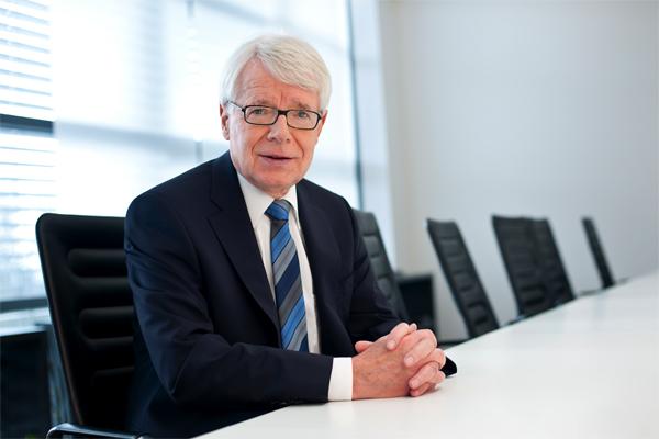 Reinhard-Rauball,-DFL-Präsident-c-Katrin-Denkewitz