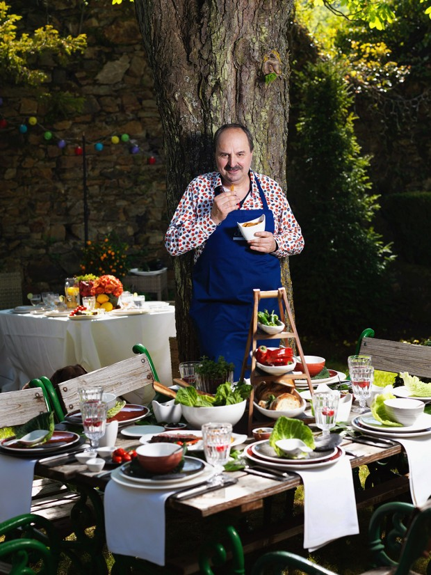 Johann Lafer, Grillen, Le Creuset, Villeroy Boch, Grillen; BBQ, Garten, Tisch, Tischdeko, Lafer Magazin